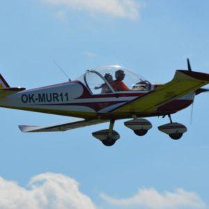 Pilotem ultralehkého letadla na zkoušku Praha