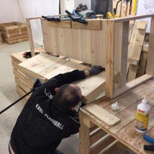 Výroba nábytku z palet