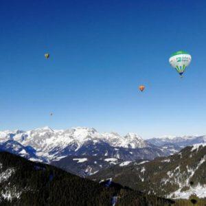 Zimní vyhlídkový let balónem nad Alpami Zahraničí