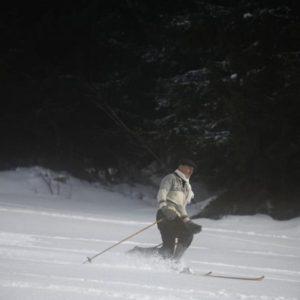 Kurz lyžování na dřevěných lyžích